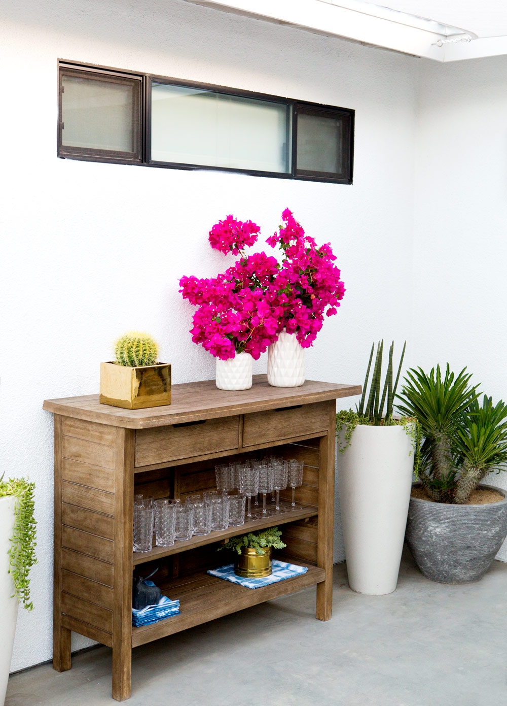 a_house_in_the_hills_modern_patio_makeover-2