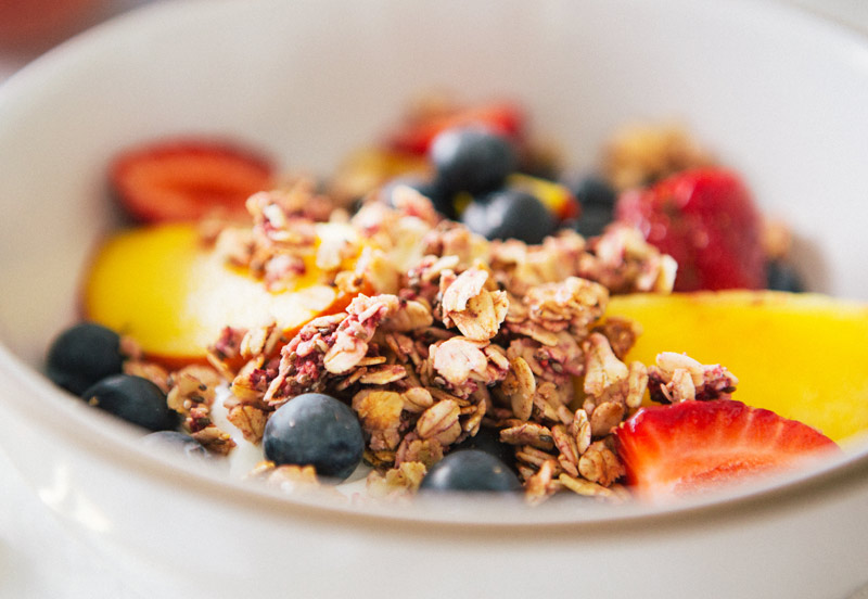 a_house_in_the_hills_raspberry_granola-5