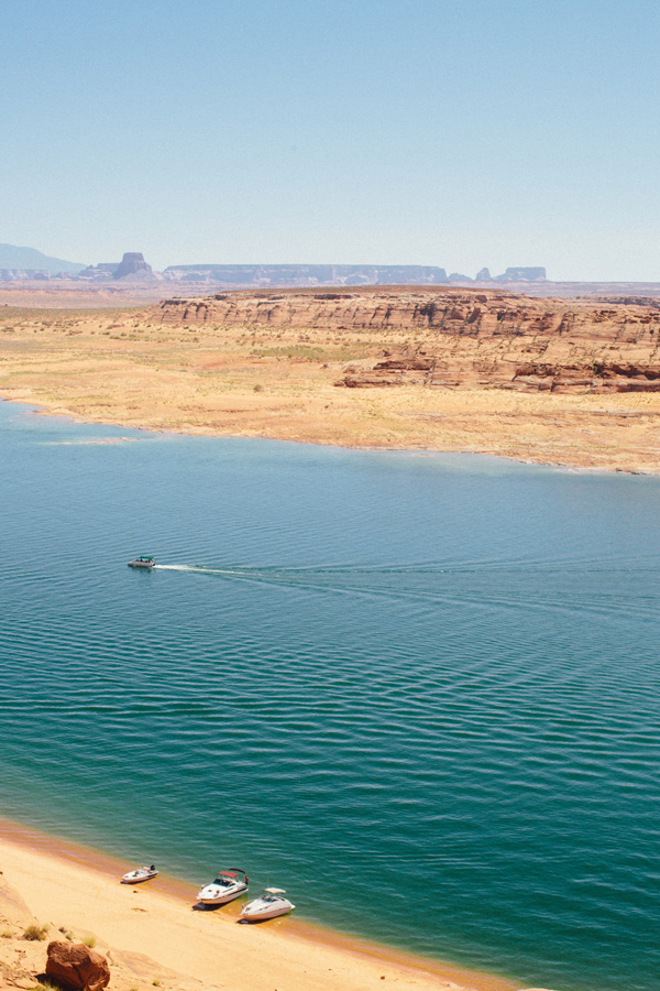 Lake_powell_A_House_in_the_Hills-4