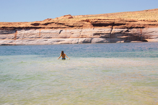 Lake_powell_A_House_in_the_Hills-7