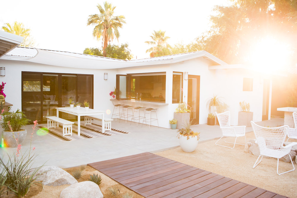 a_house_in_the_hills_modern_patio_makeover-19