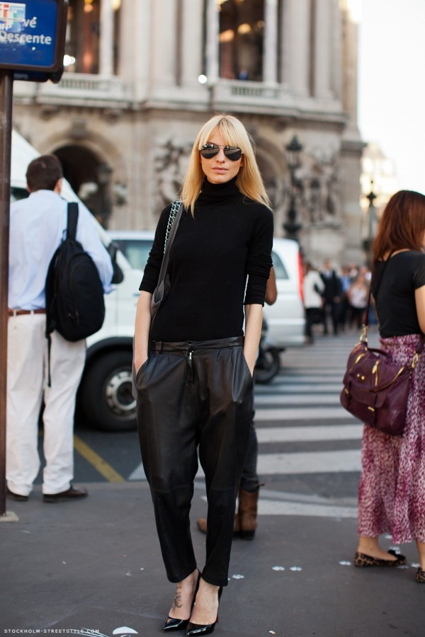 loose-leather-pants-outfit