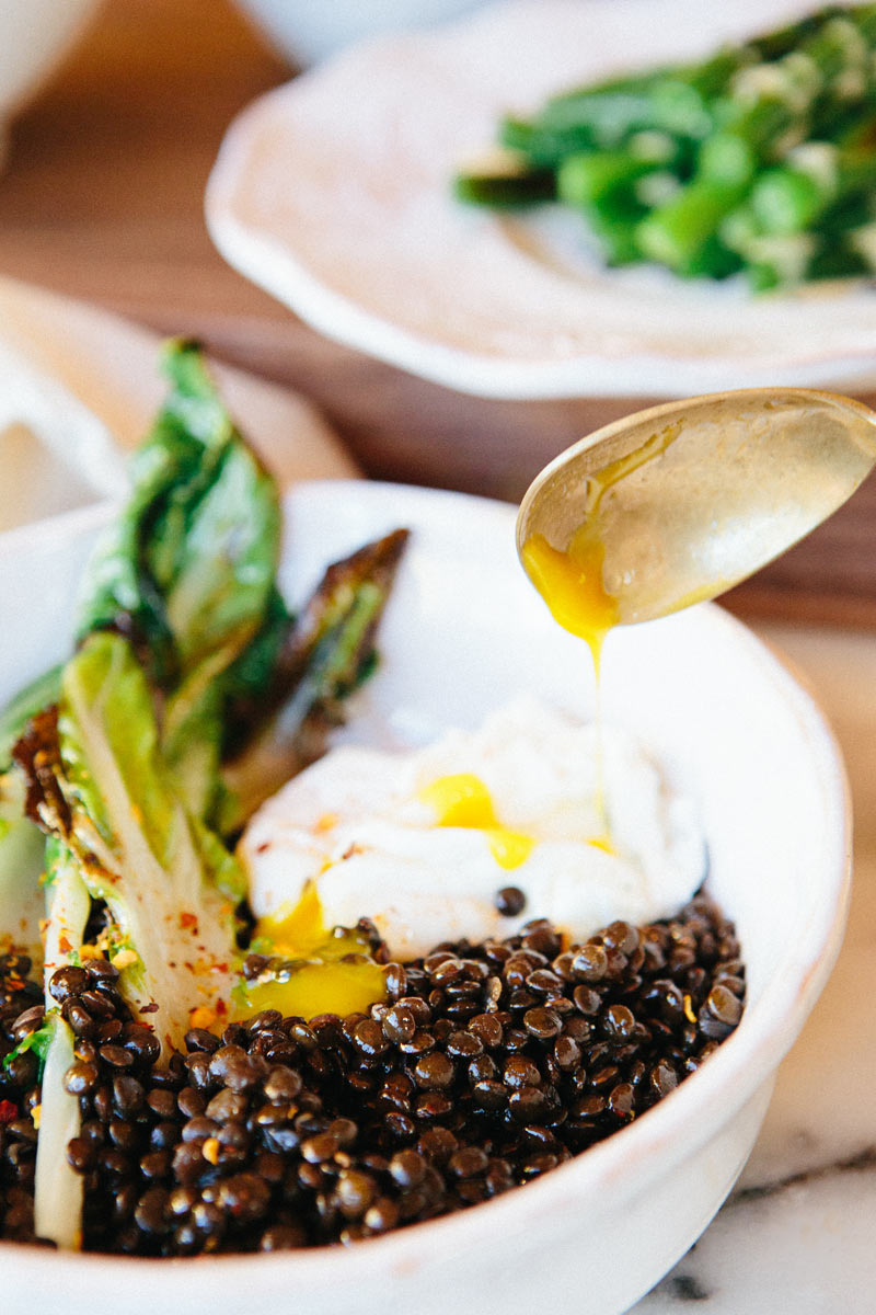 beluga_lentils_poached_egg_A_House_in_the_Hills-1