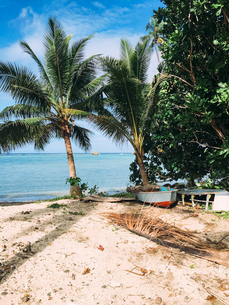 Fiji__a_house_in_the_hills--792