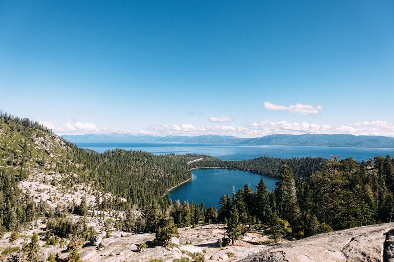 lake_tahoe___A_HOUSE_IN_THE_HILLS-858